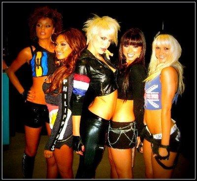Paradiso_Girls_2